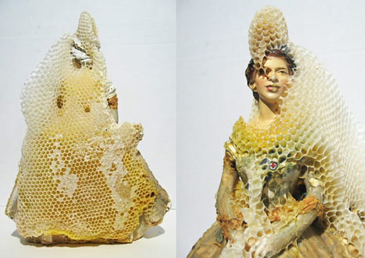 Aganetha-Dyck-bee-art