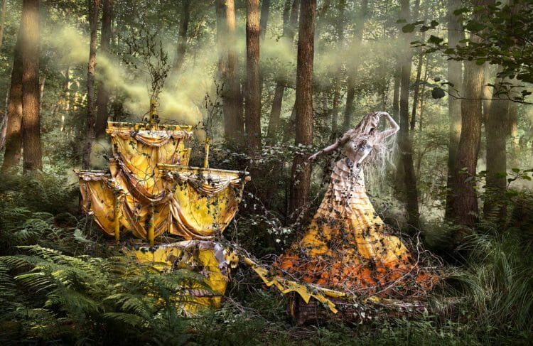 Kirsty_Mitchell-She'll_Wait_For_You_In_The_Shadows_Of_Summer_BeautifulBizarre