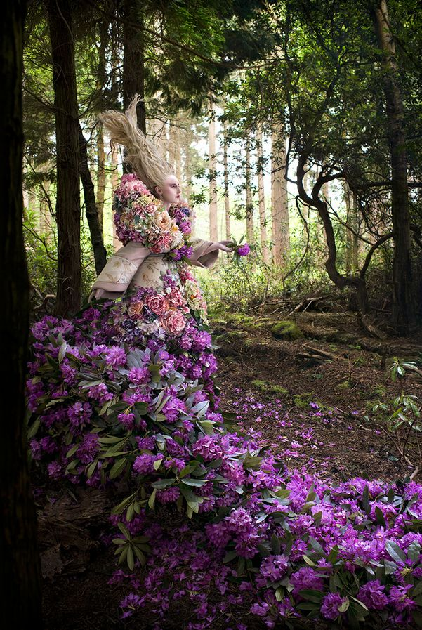 Kirsty_Mitchell_The_Last_Dance_of_the_Flowers_BeautifulBizarre