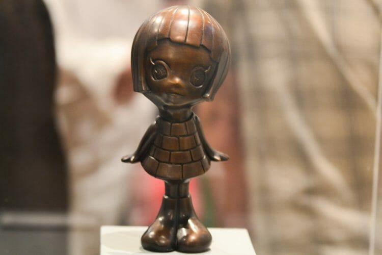 bronze sculpture by yosuke ueno