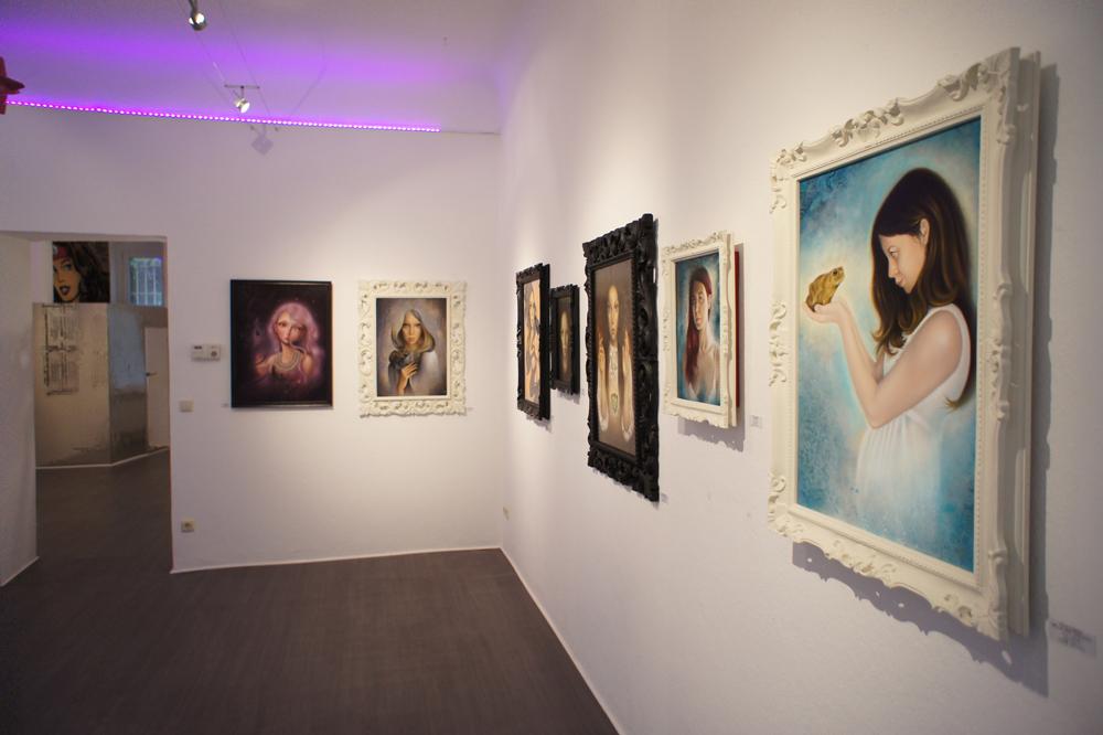 Chaos // Kosmos - Double Solo Show of Erica Calardo and Ania Tomicka at Pink Zeppelin Gallery