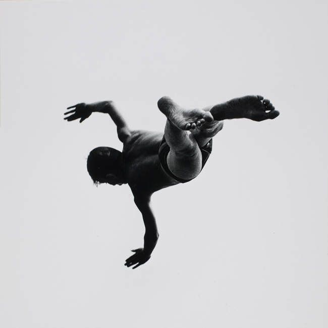 Aaron Siskind - levitation photography