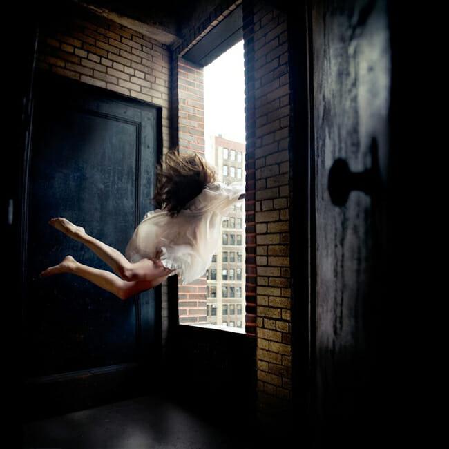Alicia Savage - levitation photography