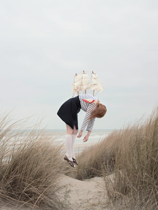Maia Flore - levitation photography