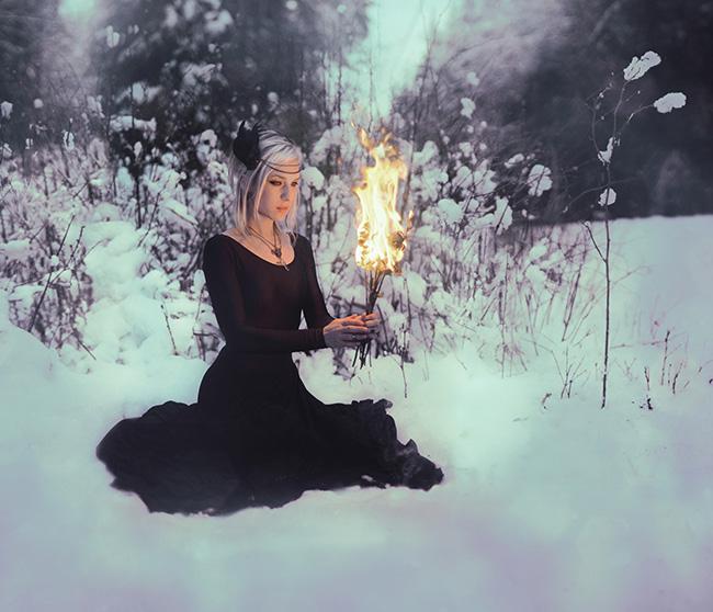 kindra-nikole_beautiful-bizarre_011