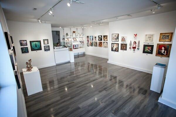 modern_eden_gallery_beautifulbizarre_013