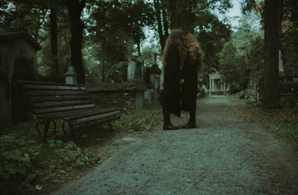 Laura Makabresku, cemetery photography, photogasm