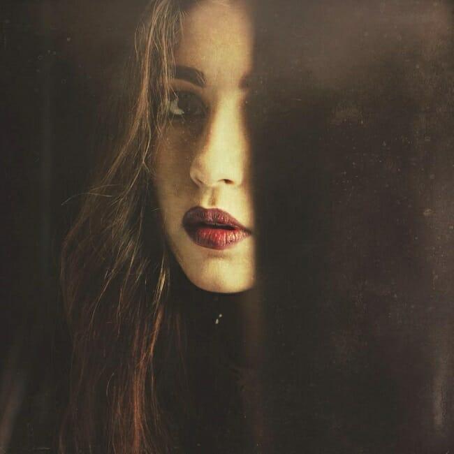 Deborah_Sheedy_beautifulbizarre_013