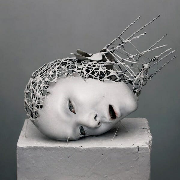 Contemporary_Surrealist_Sculpture_Yuichi_Ikehata_beautifulbizarre_016