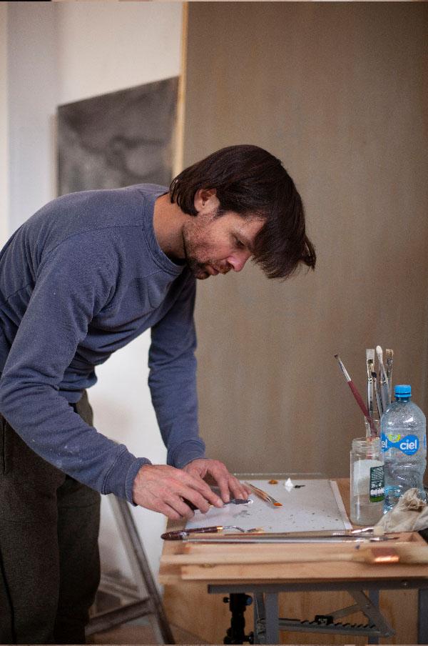 Daan Noppen in his studio