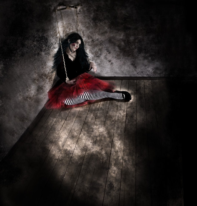 Lorena Cordero humility dark art photography