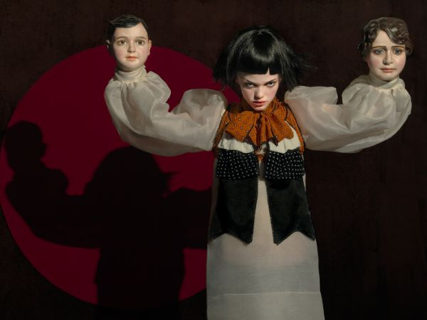 Eugenio Recuenco three heads surreal photography