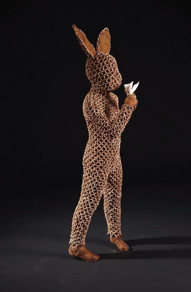 Australian artist Linde Ivimey - figurative sculpture