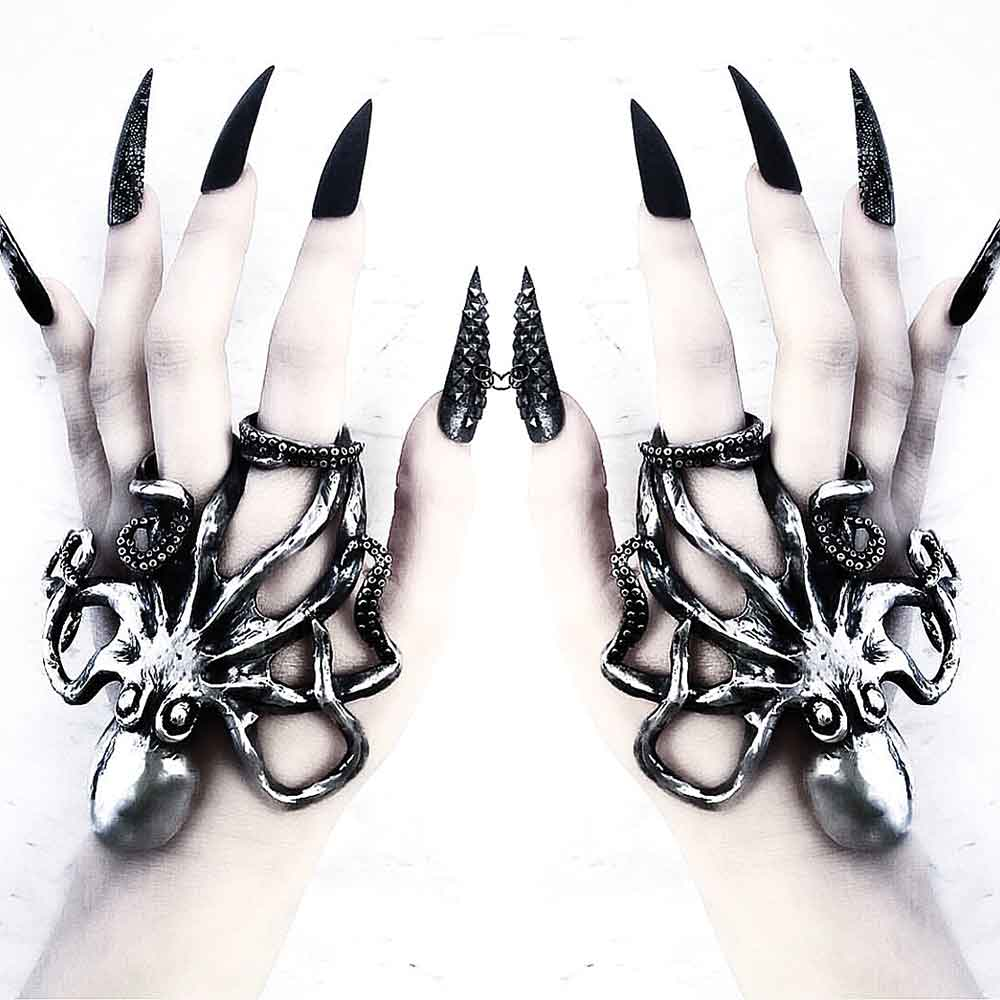 Heart-of-Bone-octopussy-ring
